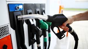 """Confusion over fuel price: Stakeholders, analysts blame """"dysfunctional"""" government"""