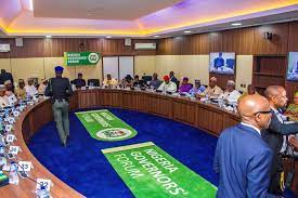 Nigeria Governors Okay Full Deregulation of Petrol, Over 100% Price Hike to N385