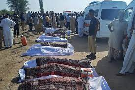 At least 40 dead after 2 trains collide in Southern Pakistan