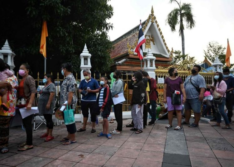Thailand Bans Gatherings as Covid Cases, Deaths Hit New Record