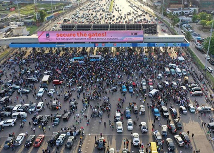 Police, Army Deploy Personnel to Enforce Ban on #EndSARS Protests in Lagos.