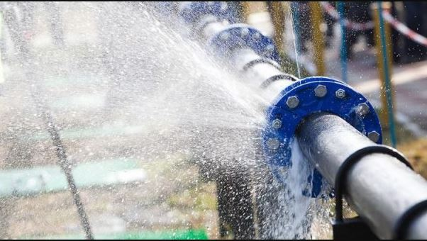 BREAKING: Panic As NNPC Pipeline Leaks In Ikotun, Lagos